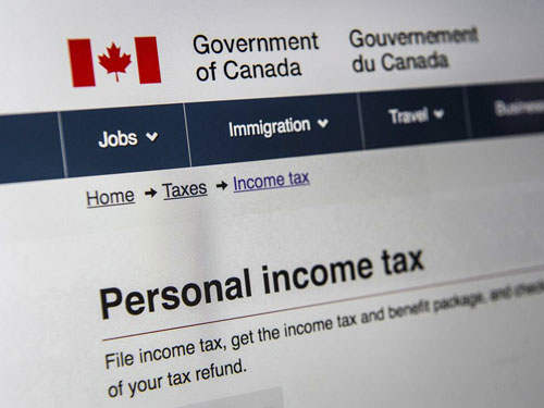 Canadian personal income tax form